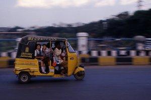 ecolier en rickshaw