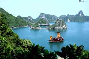 La célèbre baie d'Ha Long